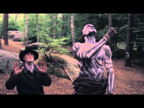 Connan Mockasin – Faking Jazz Together (Official Video)