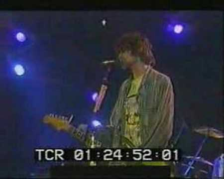 Nirvana – Love Buzz Live.
