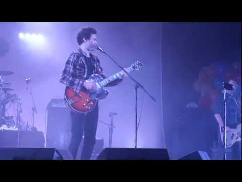 Lithium (Nirvana cover) – David Fonseca Coliseu do Porto 09-03-2013