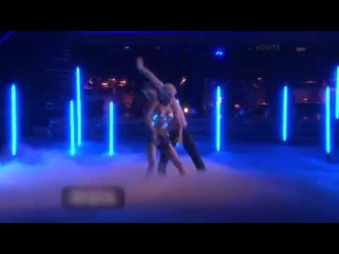 Kellie Pickler & Derek Hough – Jazz