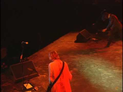 Nirvana – About A Girl (Live at Reading 1992)