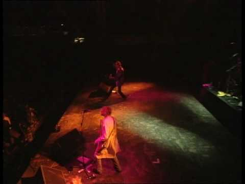 Nirvana – On A Plain (Live at Reading 1992)