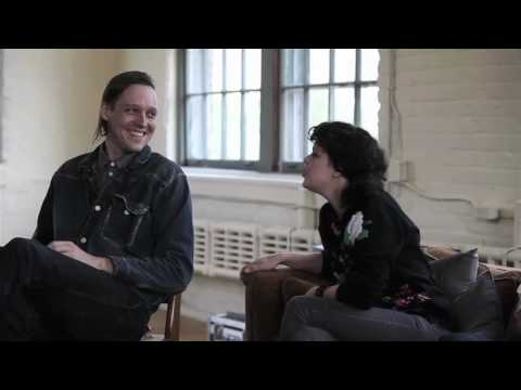 "Arcade Fire – UNSTAGED: A Debate on ""Nirvana vs. Pearl Jam"""