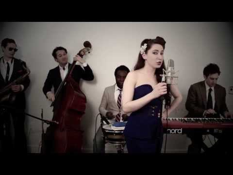 Beauty And A Beat  (Vintage 1940′s Swing Justin Bieber / Nicki Minaj Cover)
